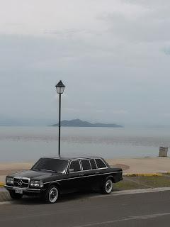 PLAYA-PUNTARENAS.-COSTA-RICA-W1213-300D-MERCEDES-LANG-LIMOUSINE.jpg